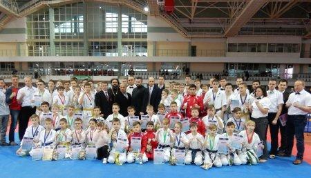 12 января в Белорусском государственном университете физической культуры состоится VI Рождественский благотворительный турнир по спортивно-боевым единоборствам.